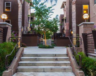 Fusion-courtyard